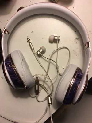 Dr. Dre solo beats & ear bubs for Sale in Columbus, OH