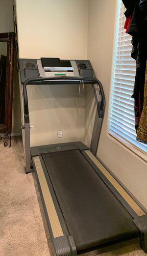 NordicTrack Treadmill C2050 for Sale in Phoenix, AZ