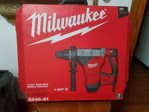 """Milwaukee 1-3/4"""" SDS MAX Rotary Hammer for Sale in Chicago, IL"""