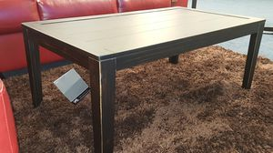 1 coffee table and 2 end tables for Sale in US