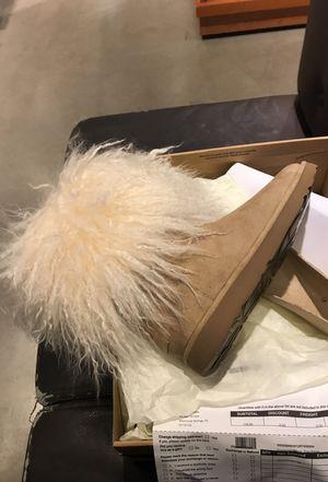 Ugg Lida Never Worn Size 8 for Sale in Orlando, FL