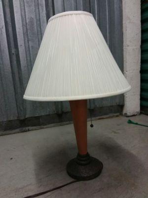 1 Table Lamp for Sale in Pembroke Pines, FL