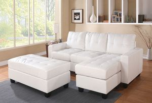 WHITE BONDED LEATHER MATCH SECTIONAL OTTOMAN SOFA / SILLON BLANCO MUEBLES for Sale in Rancho Cucamonga, CA