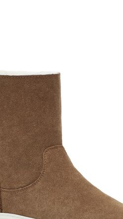 Ugg Boots for Sale in Washington,  DC