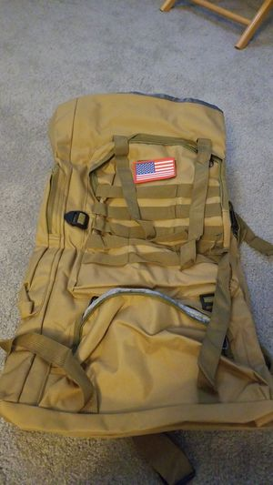 70L hiking backpack for Sale in Diamond Bar, CA