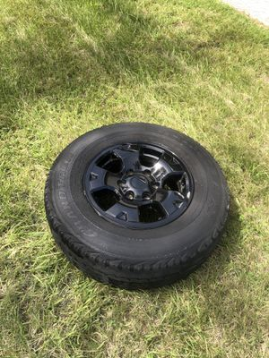 Tacoma Rims w/Black covers for Sale in Brooksville, FL