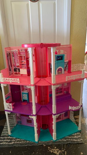 Barbie Dream House (discontinued) for Sale in Ontario, CA