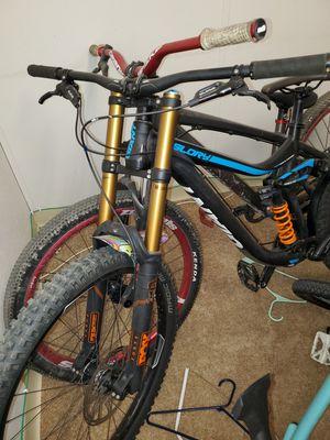 2015 giant glory 2 downhill mountain bike for Sale in Deerfield Beach, FL