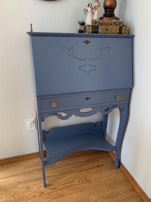 Sweet Antique Secretary Desk for Sale in Colbert, WA