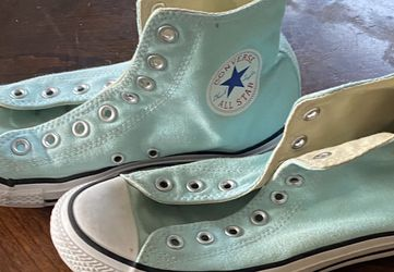 Baby Blue Converse for Sale in Oceanside,  CA