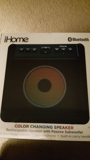 ihome Bluetooth color changing speaker for Sale in Holly Springs, NC