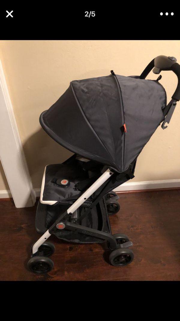 Q-bit stroller