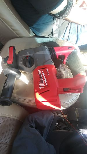 Milwaukee hamer drill. for Sale in El Centro, CA