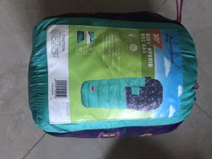 Girls sleeping bag for Sale in Miami, FL