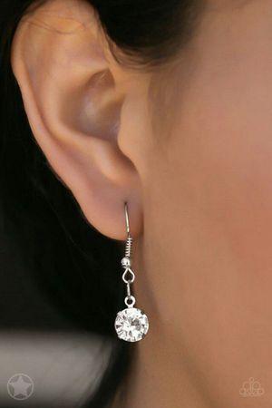 Basic things earring and diamond set for Sale in Jacksonville, FL