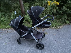 Evenflo Xpand Double Stroller for Sale in Dracut, MA
