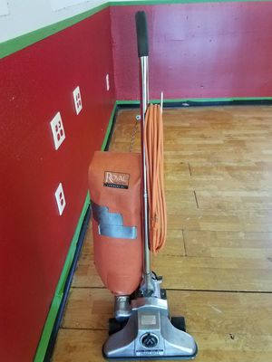 Royal heavy duty commercial vacuum for Sale in Casselberry, FL