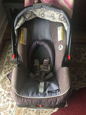Graco baby car seat for Sale in Fairfax, VA