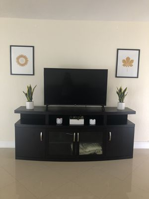 LARGE TV Stand for Sale in Miami, FL