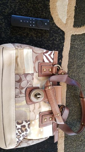 Coach bag with matching small purse and wallet for Sale in Sacramento, CA