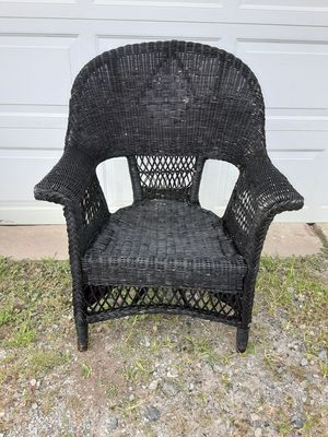 Vintage wicker chair for Sale in Northumberland, PA