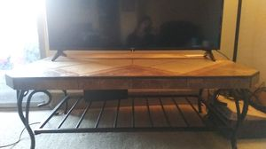 Selling this table for Sale in Phoenix, AZ