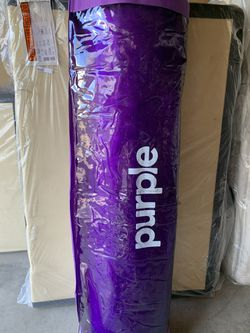 purple 4 hybrid premier mattress queen new in the bag for Sale in Irvine,  CA