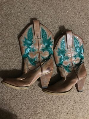 Women's size 7 cowgirl boots for Sale in Ontario, CA