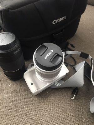 White Canon Rebel SL for Sale in San Diego, CA