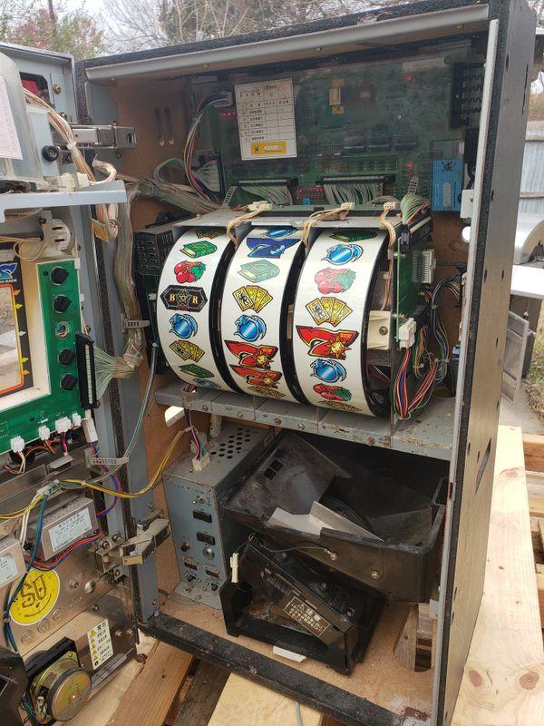 Dallas Slot Machine