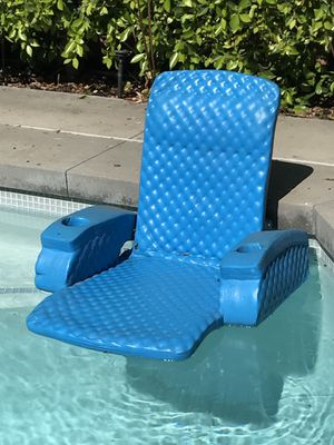 Pool chair for Sale in Los Angeles, CA
