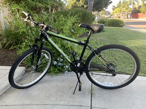 Roadmaster Mountain Bike for Sale in Fresno, CA