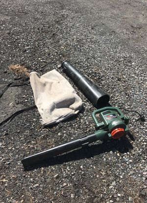 Black & decker electric leaf blower for Sale in Levittown, PA