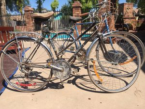 2 Vintage Bikes male and women's matching antiques for Sale in Mesa, AZ