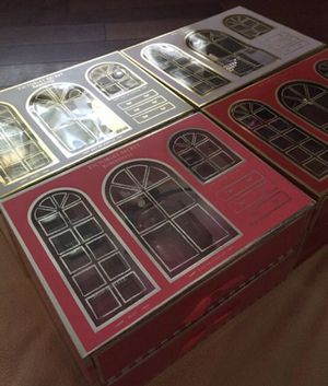 Victoria secret deluxe gift sets for Sale in San Diego, CA