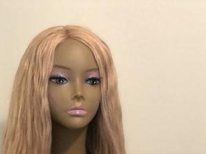 Honey blonde unit 24inch bodywave for Sale in Las Vegas, NV