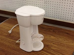 One cup coffee maker for Sale in Knoxville, TN