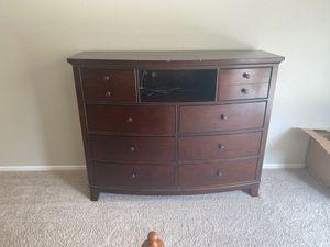 Tv Stand/Dresser for Sale in Murrieta, CA
