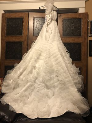 Jasmine Collection Wedding Dress for Sale in Maywood, IL