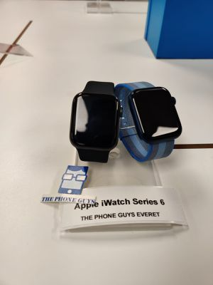 Apple iWatch Series 6 GPS 44mm for Sale in Everett, WA