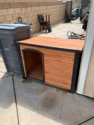 Extra Large Dog House for Sale in Palmdale, CA