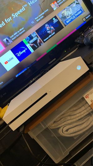 Xbox one S 1 terabyte for Sale in Los Angeles, CA