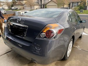 2010 Nissan Altima 4 cyl/ 74,700 miles/ First Owner.Good Condition,Engine no leaks.Clean Tittle,No Accident. for Sale in Elk Grove, CA
