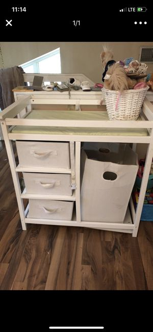 Baby changing table for Sale in Haines City, FL
