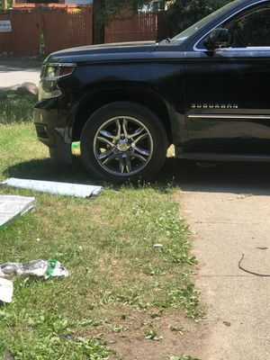 20 inch rims and tires for Sale in Detroit, MI