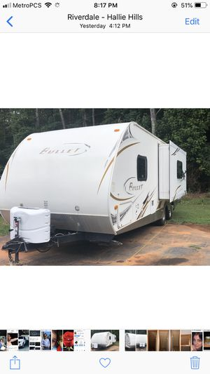2010 bullet by keystone 28 foot for Sale in Atlanta, GA