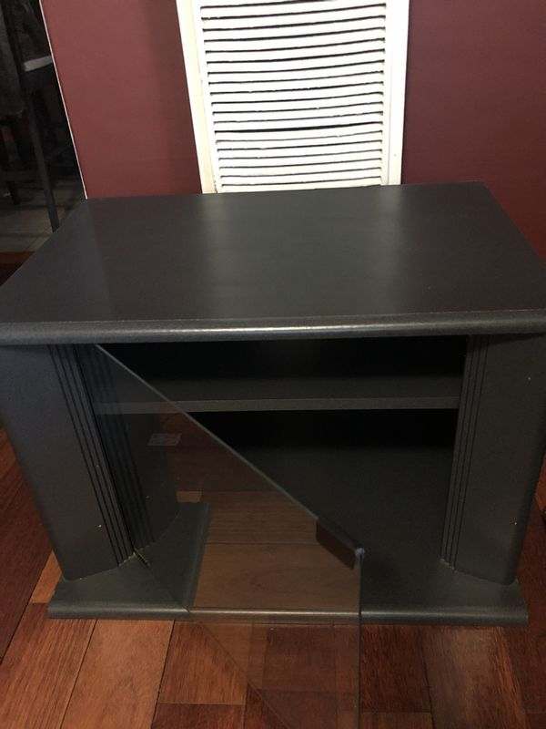 Small TV Stand / Entertainment Center