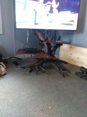 Tree stump, root tv stand for Sale in Ottumwa, IA