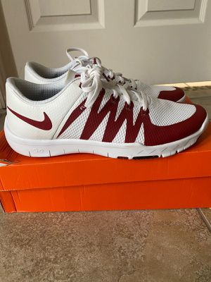 Nikes size 10.5 for Sale in Kissimmee, FL