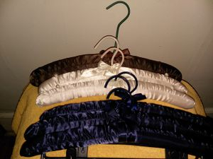 Soft Satain Padded - Hangers! for Sale in Grosse Pointe, MI